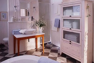 shabby chic pink bathroom etagerie