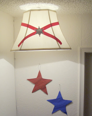 western cowyboy theme boys room star lighting