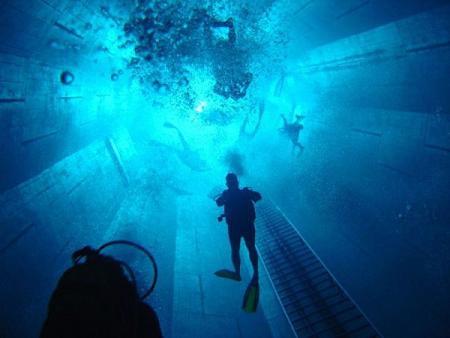 أغلى 11 حمامات سباحة في العالم Deepest-world-scuba-diving-center-uccle-belgium