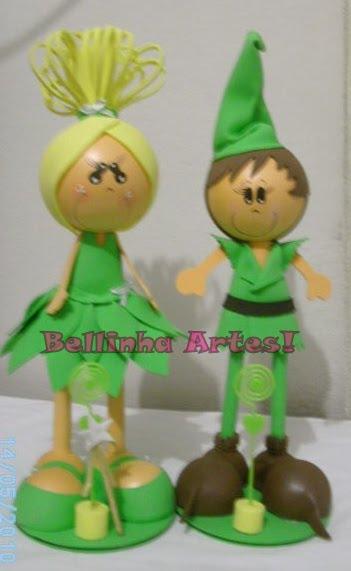 Sininho e Peter pan.