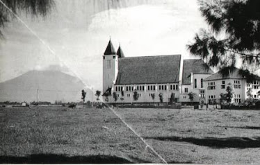 Cathedral Ijen, Malang (Santa Maria Bunda Karmel)