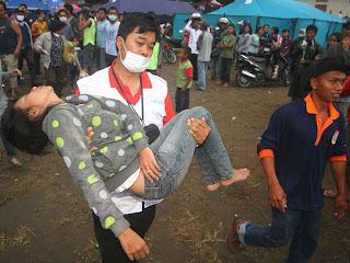 foto di tenda pengungsian
