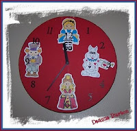 Deannes wonderland clock