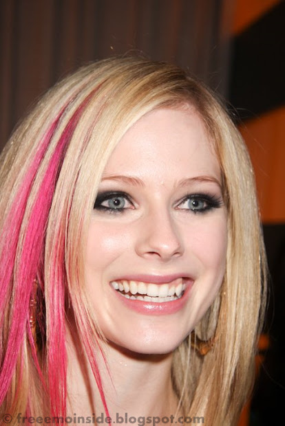 emo avril lavigne hairstyle