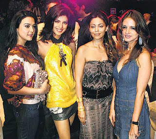 Priety Zinta, Priyanka Chopra, Gauri Khan and Suzzanne Roshan