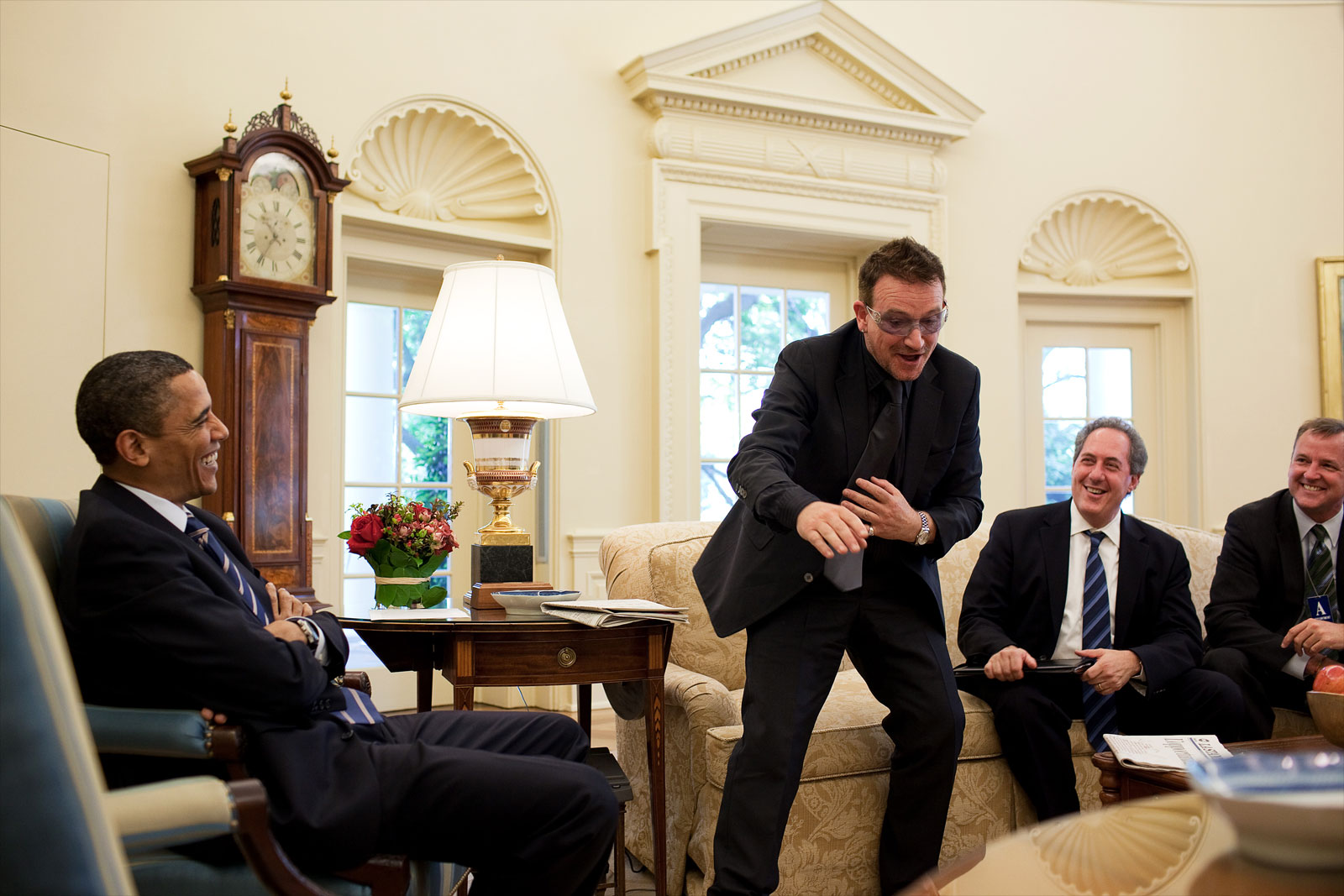 barak obama oval office golds. Bono Is A Fascinating Man And Very Quick-witted. He An Admirer Of President Obama, I Remember Once Heard Say That Obama Had Been Spelled Barak Oval Office Golds