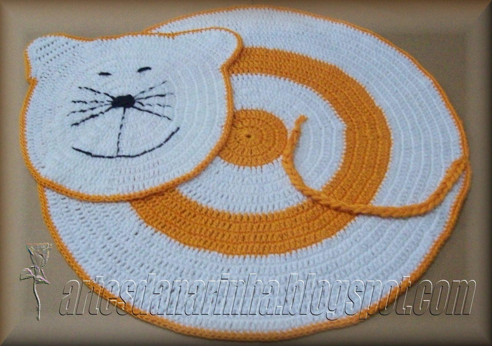 http://artesdanarinha.blogspot.com/2010/10/tapete gato em crochet.html #A66725 1600 1126