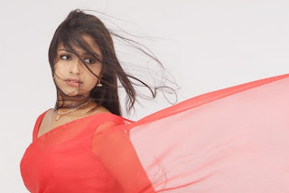 Anaka Sexy Images in Movie Sindhu Samaveli