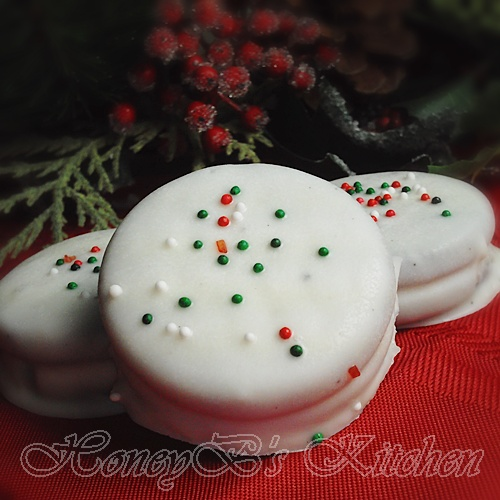 Short on time? Chocolate Dipped Peppermint Oreo Cookies - Grumpy's ...