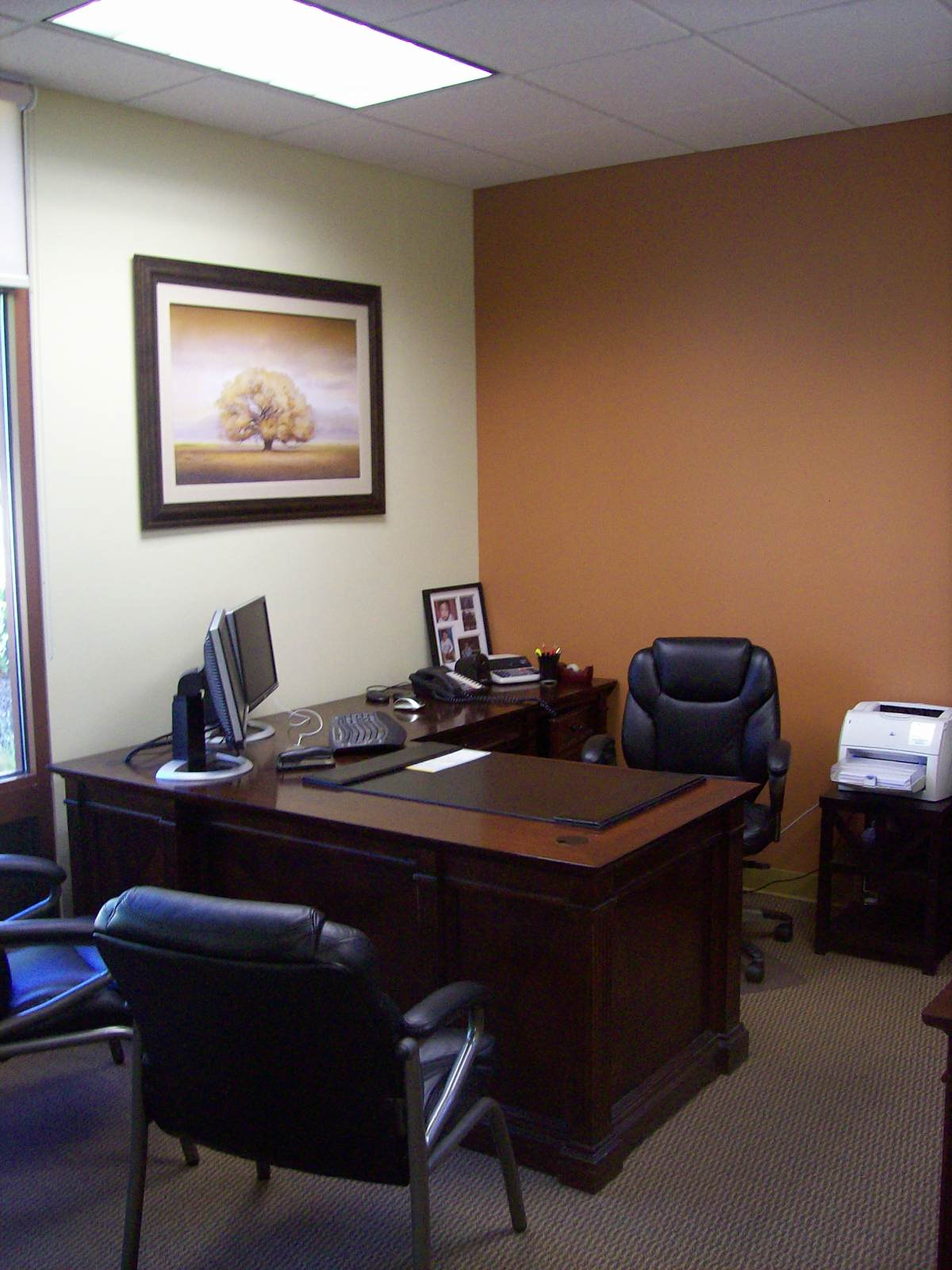 round up my professional interior design work accountant office