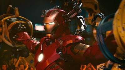 filme homem de ferro 2 desmontando armadura