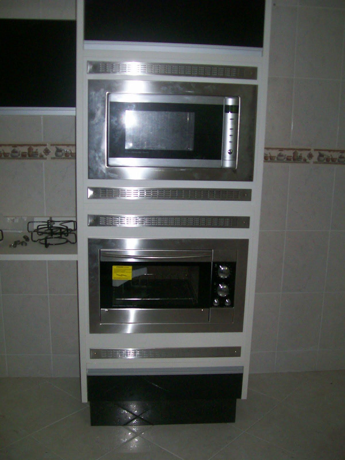 Casinha da Renatinha: Cozinha: Marceneiro ou Loja de Planejados??? #585E73 1200 1600