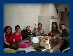 la agrupación en reunión