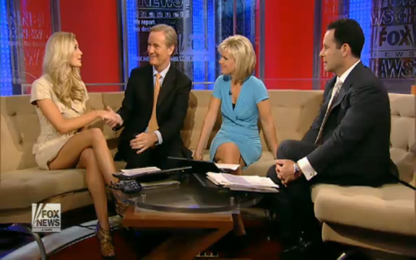 Gretchen Carlson caps/pictures @ Fox News Channel Fox and Friends