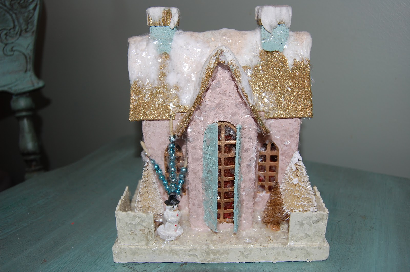 Natalie loves do it yourself glittered christmas houses do it yourself glittered christmas houses solutioingenieria Images