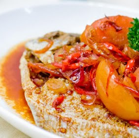 Fried Silver Pomfret with Tomato and Lime Sweet Sauce (Ikan Bawal Saus Asam Manis)