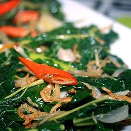 Stir Fried Papaya and Cassava Leaves (Tumis Daun Pepaya dan Singkong)