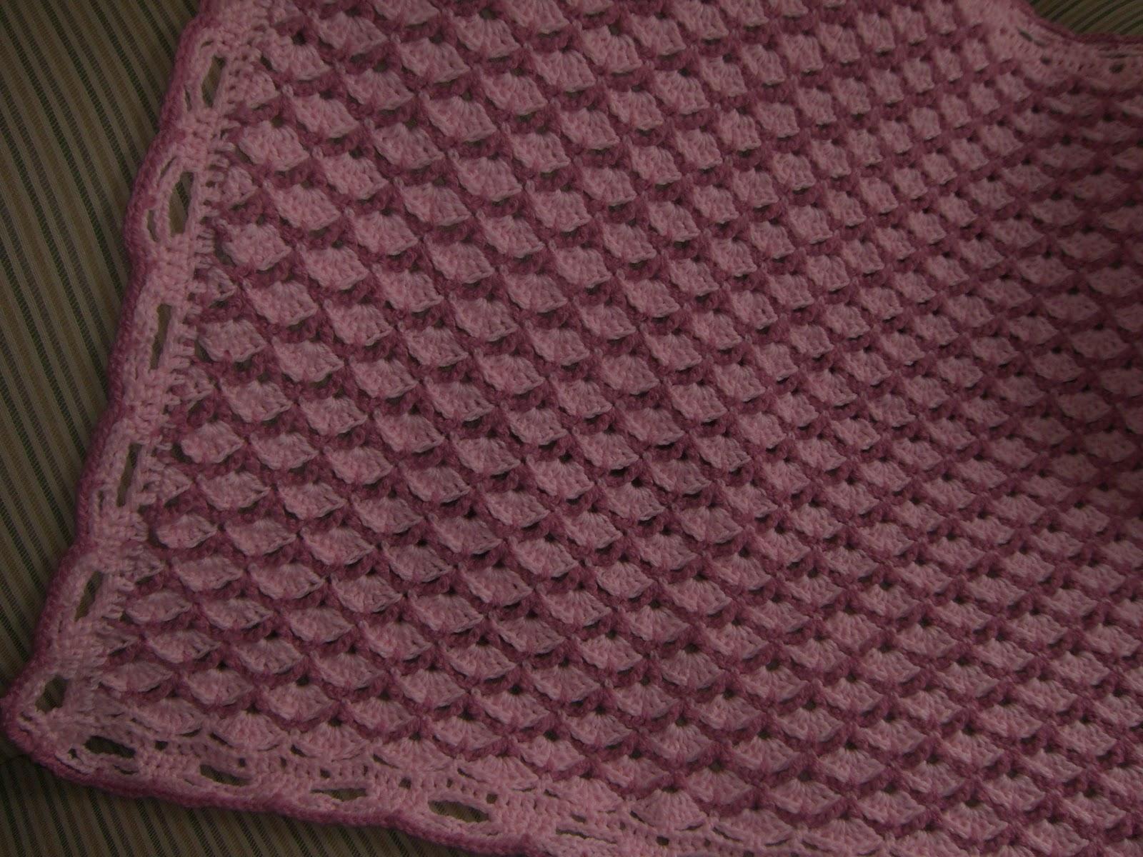 Crochet y dos agujas AracneAtenea: Una bella mantita para Bebe