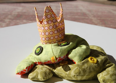 A Crown for the Frog Prince a tutorial finished via lilblueboo.com