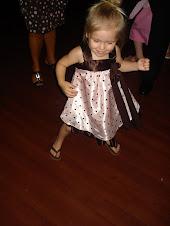 Ell dancing