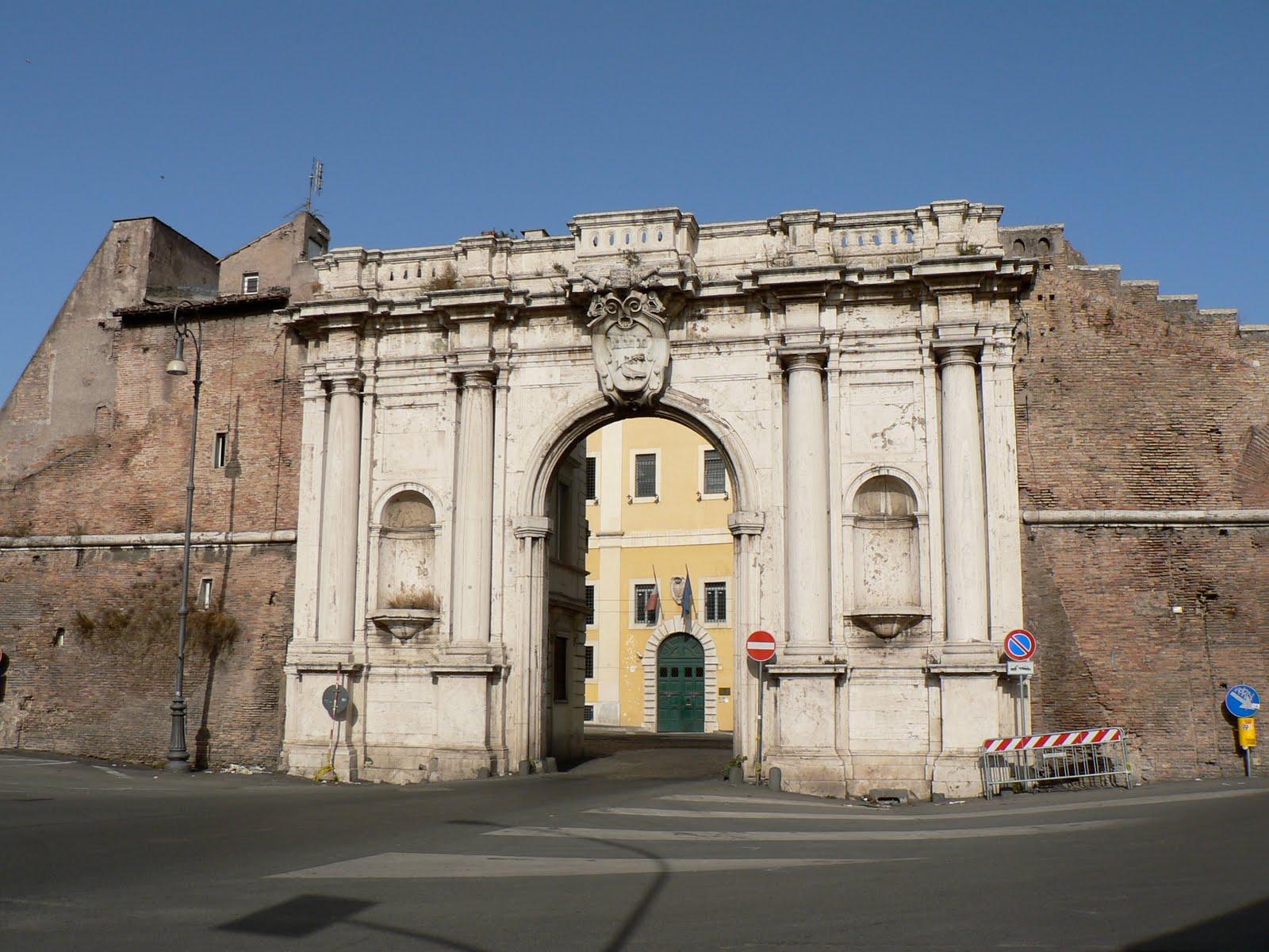 Amoroma advent calendar roman gate 10 - Porta portese roma case ...
