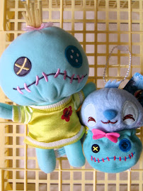 hehe.. scrump bigger than stitch >.<||