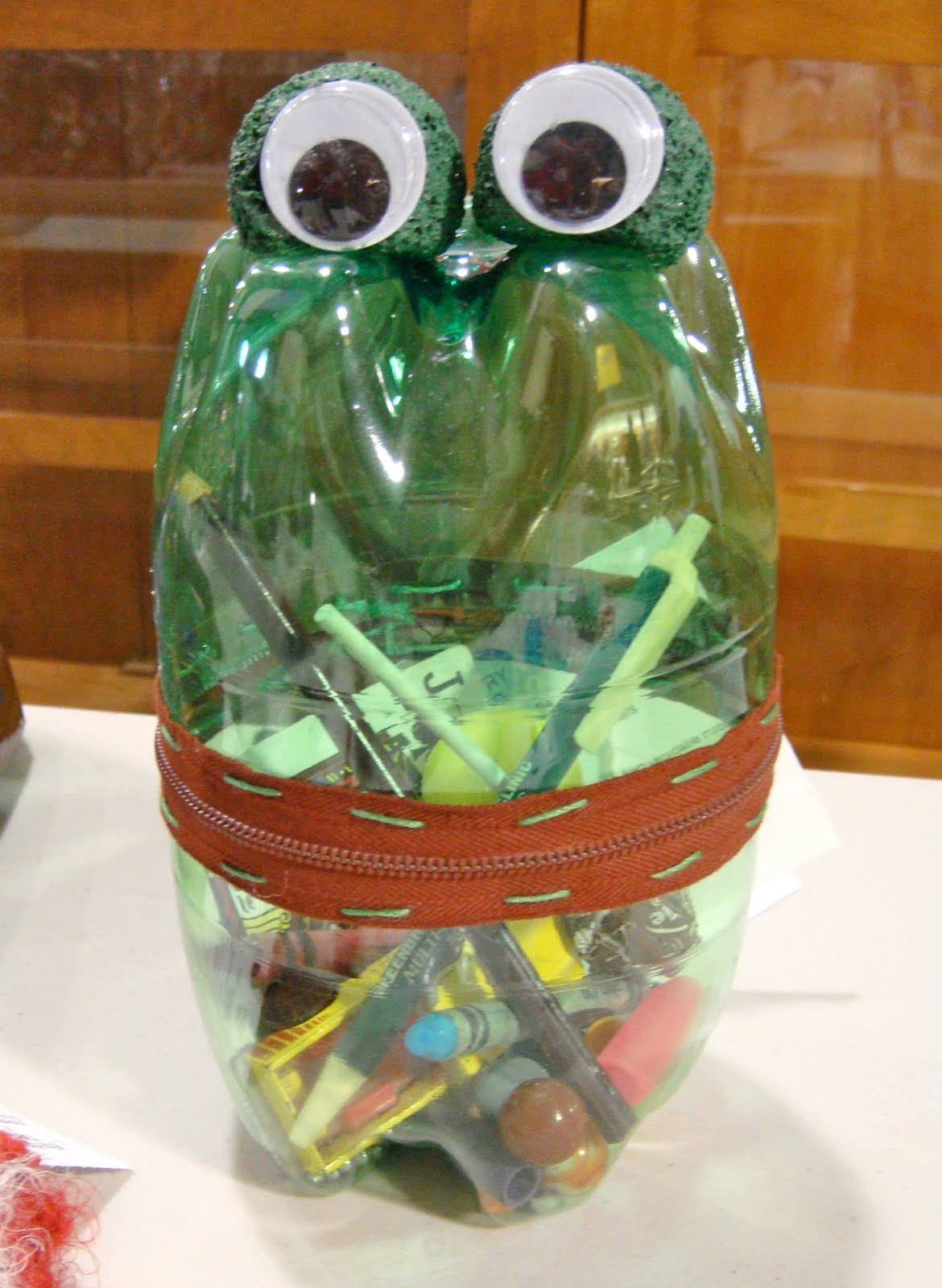 Recycled art for kids for Waste things art