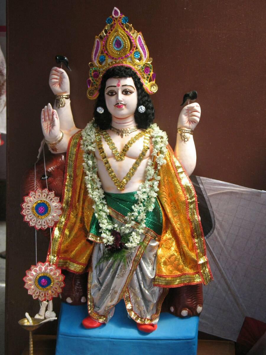Vishwakarma Puja in 2010 Today is Vishwakarma Puja And