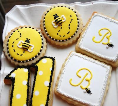 lisa batches sugar cookies bumble bee