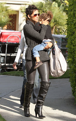 Halle Berry and Nahla in Beverly Hills Pics