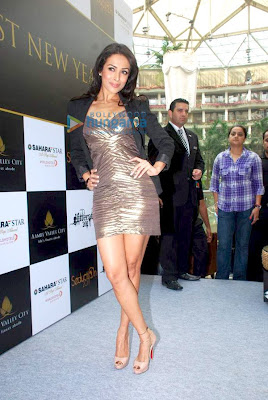 Malaika and Mallika at Sahara Star New Year's Party Pics
