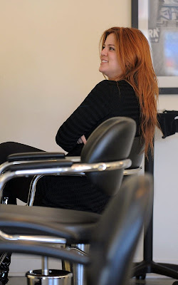 Khloe Kardashian out at the salon