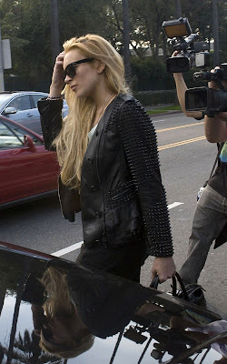 Lindsay Lohan out for sushi in Los Feliz