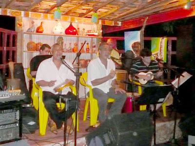 Grupo Apoteose, com Teroca e convidados