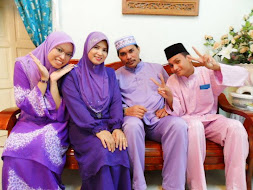 my lovely family...(^_^)