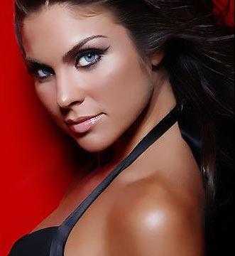 pics of nadia bjorlin