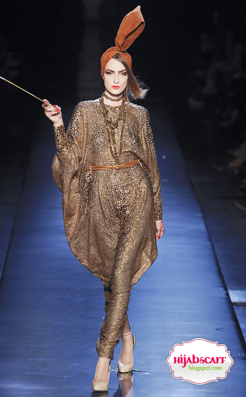 Runway Invasion : Jean Paul Gaultier - Hijab Scarf