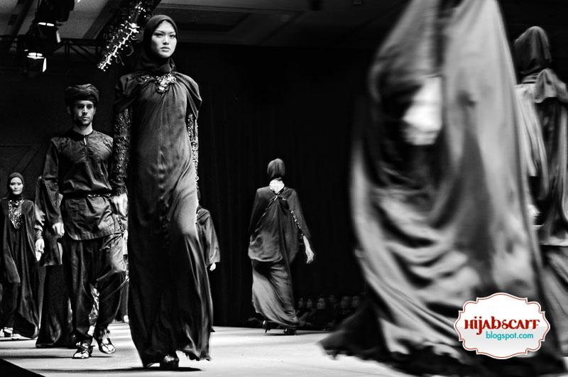 Heaven Sent by Itang Yunasz - Hijab Scarf