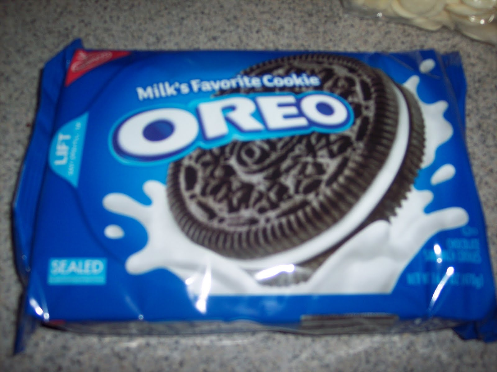 oreos in a package