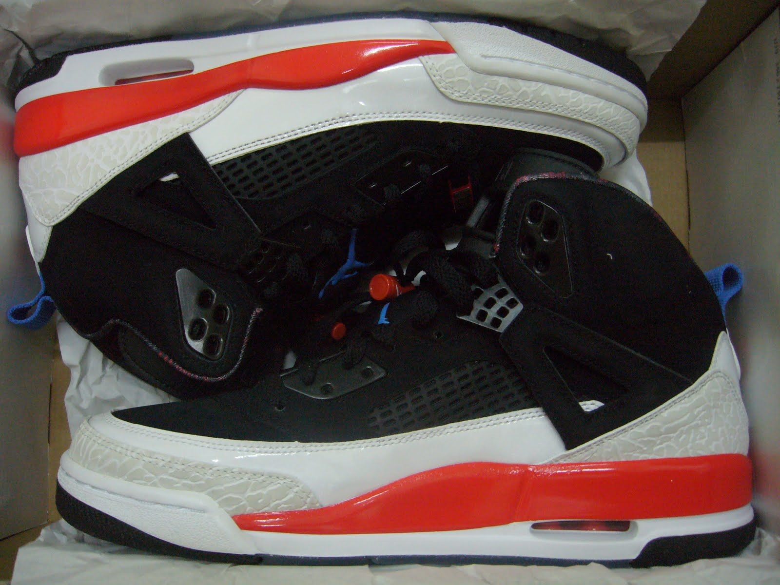 The Air Jordan Spizike was made to show appreciation to Mars Blackmon aka  Spike Lee. Spike s part in the rising of the Air Jordan was very crucial. 3afe9857d0