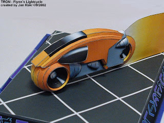 tron flynn lightcycle paper craft model