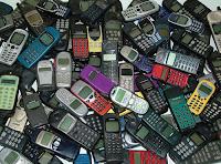 http://2.bp.blogspot.com/_0U6jkTWwjak/TS9ceDiyxsI/AAAAAAAAAF0/sQbsJkM3F6w/s1600/telefonos-moviles-obsoletos.jpg