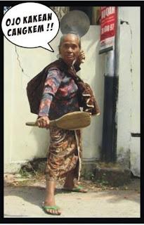 Foto Gokil nenek-nenek gaul