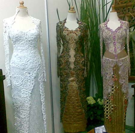 Kebaya dan Batik Million Moda: Desember 2010