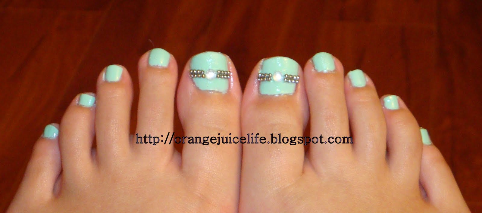 how to take off gel nail polish on toes
