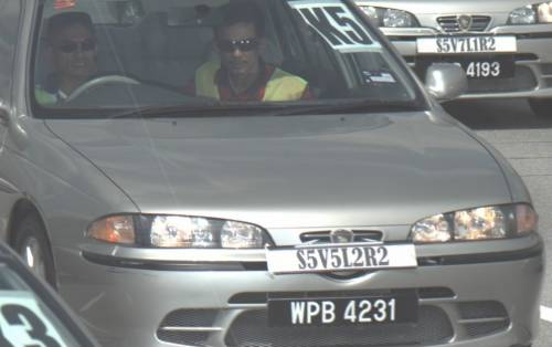 http://2.bp.blogspot.com/_0Y5dwB65VY8/TK-_9DlswTI/AAAAAAAACG4/_Lr9qf_Rn7Y/s1600/safety+belt.jpg