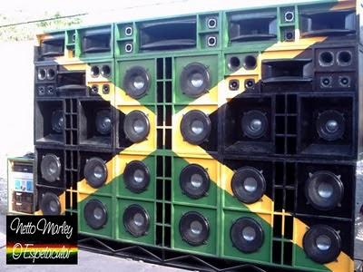 Radio Portatil RP 69 AC DC De 12 Faixas Lenoxx 7661556 together with 378275 moreover Encontro Celebra 40 Anos De Passat No Brasil moreover Software also Radiologia. on ondas curtas de radio