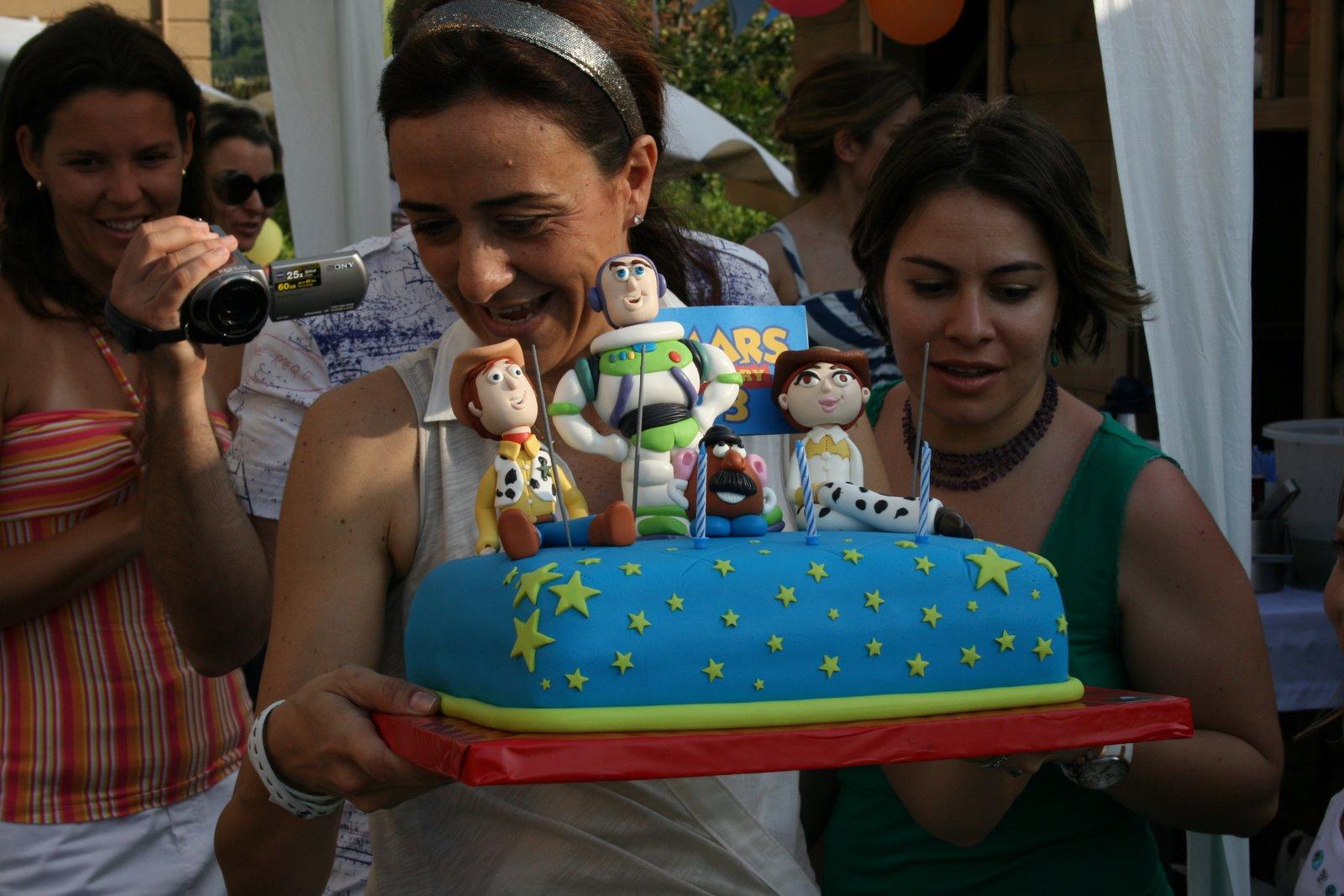 Mars ın doğum günü pastası