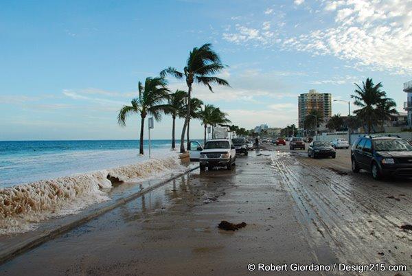 Fort Lauderdale Beach high tide