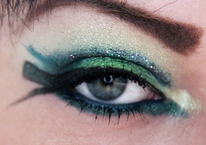 Egypt: Ancient Egyptian Beauty - Eye Make Up